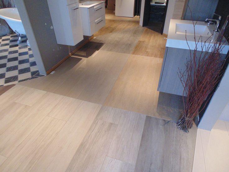 Vloervlakken showroom met houtlook tegels