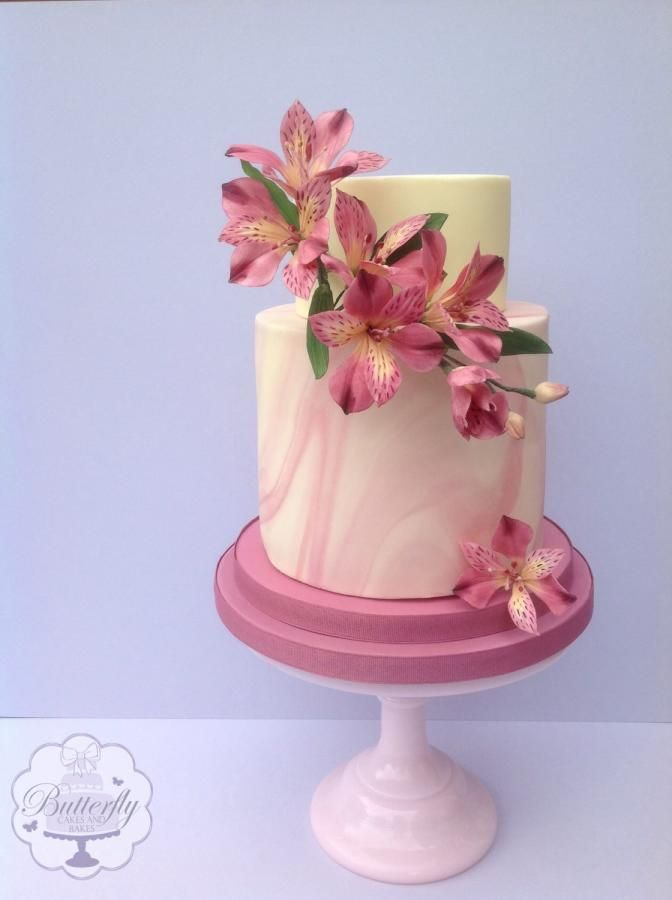 Pretty in Pink - cake International Tutorial by Butterfly Cakes and Bakes