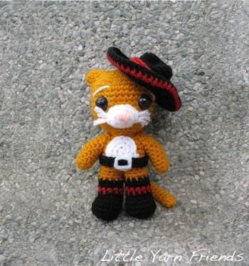 Download this free pattern at Amigurumipatterns.net Puss in boots