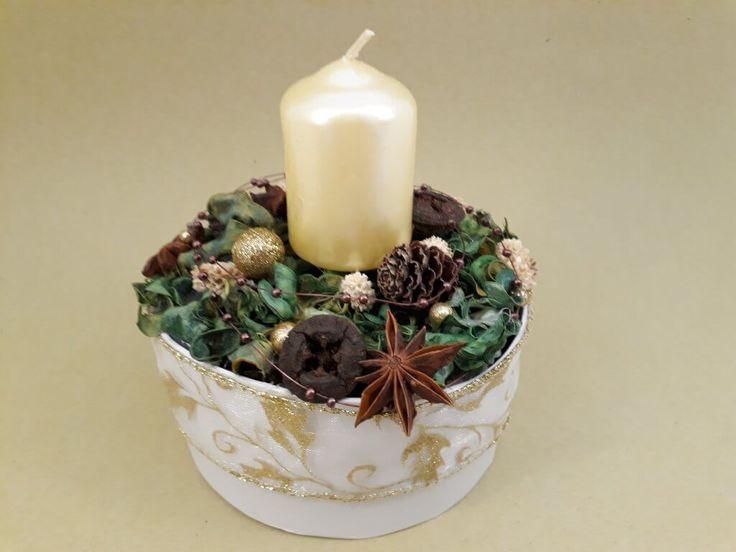 Karácsonyi asztaldísz, gyertyás dekoráció Christmas table decor, centerpiece