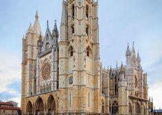 Los lectores de 'El Huffington Post' eligen a la catedral de León como la más bonita de España