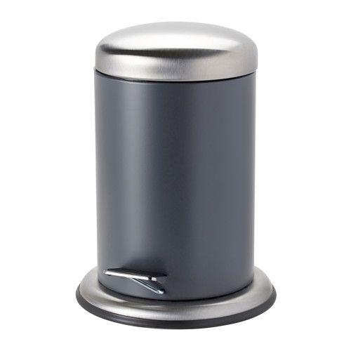 MJÖSA Poubelle à pédale IKEA La poignée située au dos de la poubelle vous permet de la déplacer facilement.