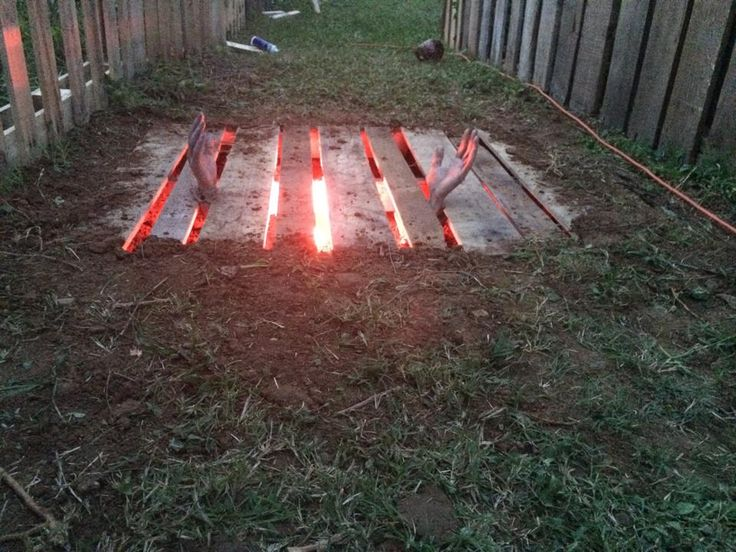 1 Pallet, 1 red light, some light digging, and a couple hands + awesomeness.