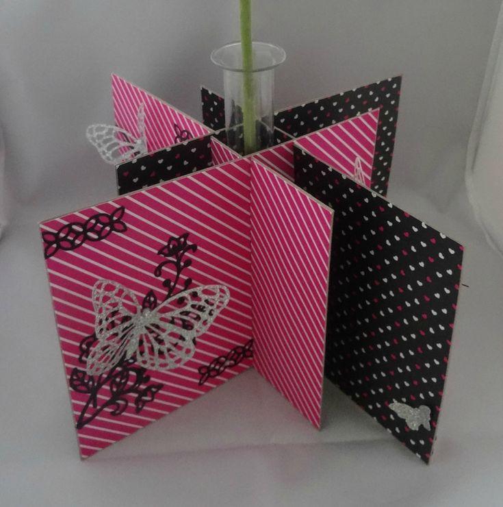 Un soliflore Stampin'Up! Design Spécialité Touche de rose - Thinlits En fleur - Thinlits Papillons - perforatrice Papillon Bitty