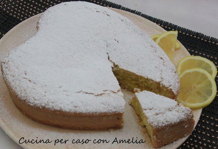 Torta al latte di mandorle con crema al limone