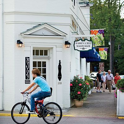 Best Small Town in Kentucky - Best Southern Travel Destinations - Southern Living