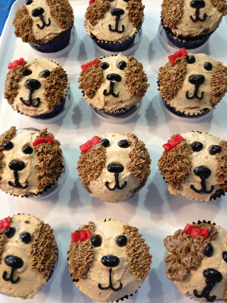 Puppy Birthday Cupcakes - could make a bigger round cake