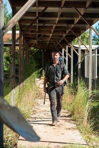 7x12 ~ Say Yes ~ Rick dans The Dead Club de marche