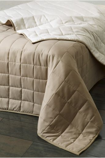MATILDA sengeteppe dobbeltseng 260x260 cm