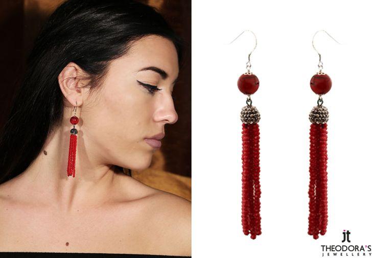 Handmade silver hook earrings 925o, with red coral, red crystals and marcasites. - Χειροποίητα ασημένια κρεμαστά σκουλαρίκια 925ο, με στρογγυλό κόκκινο κοράλι 10mm, στερεωμένο σε γάντζο. Από κάτω κρέμεται μισή σφαίρα από μαρκασίτες που  καταλήγει σε μακριά φούντα φτιαγμένη από πολλές σειρές κρύσταλλα.