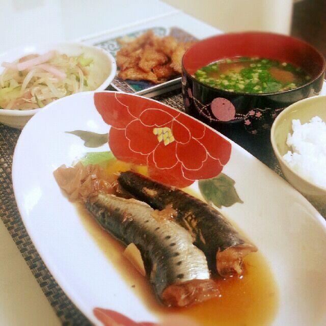 献立 いわしの梅煮 ごぼうちぎり揚げ もやしときゅうりの和え物 大根の味噌汁 - 9件のもぐもぐ - いわしの梅煮定食 by komukei0531