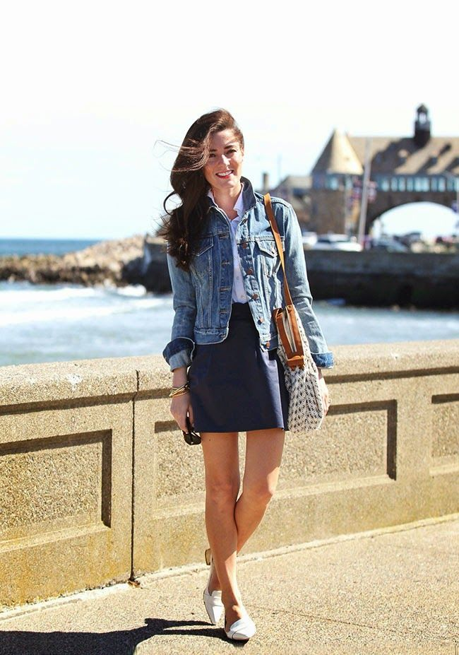 Narragansett Sea Wall. #summeroutfit #fashion And btw, that purse is too cute!