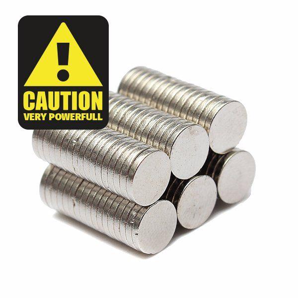100x Ultra starke N35 #Magnete Stärksten Magnete der Welt. Vielseitig einsetzbar wie zB im Modellbau, zum befestigen von Foto´s und Bildern, zum anbringen von Dokumenten uvm Neodym Magnete sind sehr...