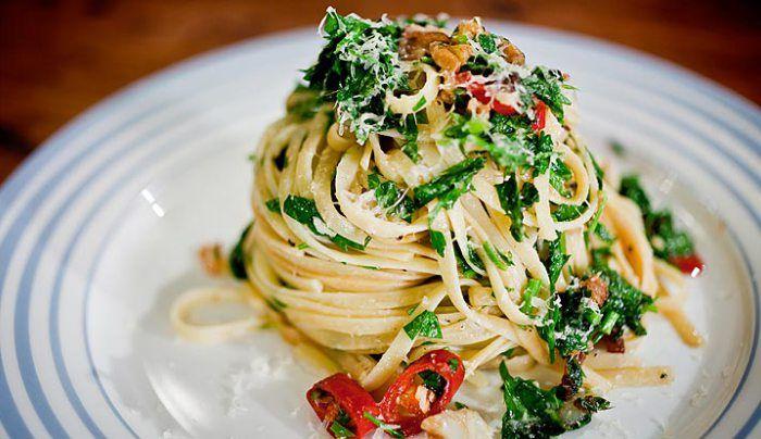 Spaghetti al Olio - Good Chef Bad Chef