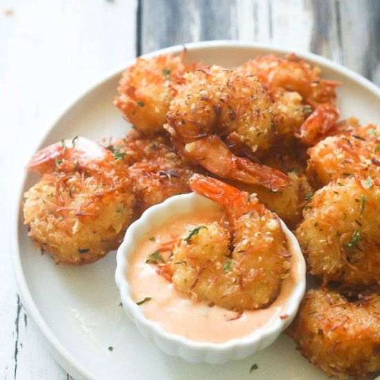 Crispy Coconut Shrimp- Fresh Shrimp dipped in coconut batter and in aromatic coating. So Decadent! So Good! Baked or Fried.