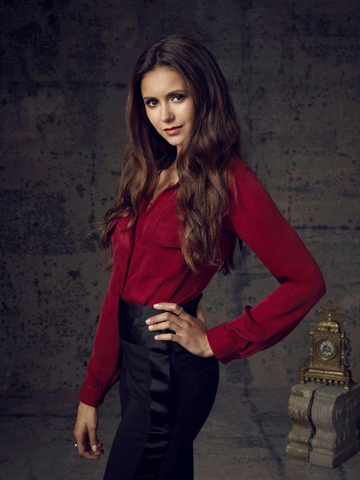 Нина Добрев — Фотосессия для «Дневники вампира» 2012 – 1