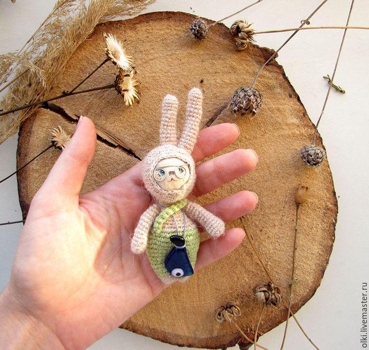 Купить Игрушка Заяц ботаник амигуруми - кремовый, заяц, кролик, Заяц ручной работы