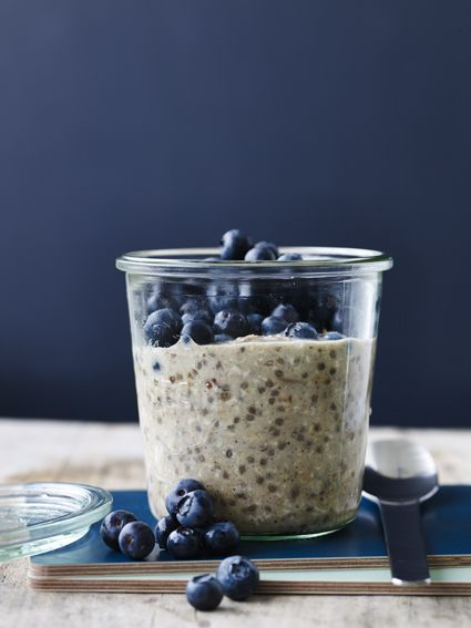 Oatmeal with Chia and Blueberries Recipe (Vegan, Gluten-Free)