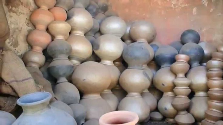 buying a pot for my craft and art #pot #market #pottery #clay #pots #art