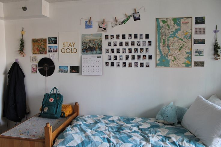 frecklesandfilms:   my cozy room in the middle of... - are you satisfied??