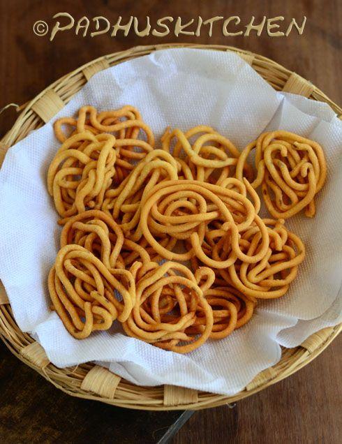 Padhuskitchen: Pottukadalai Murukku-Rice Flour Chakli Recipe-Easy...