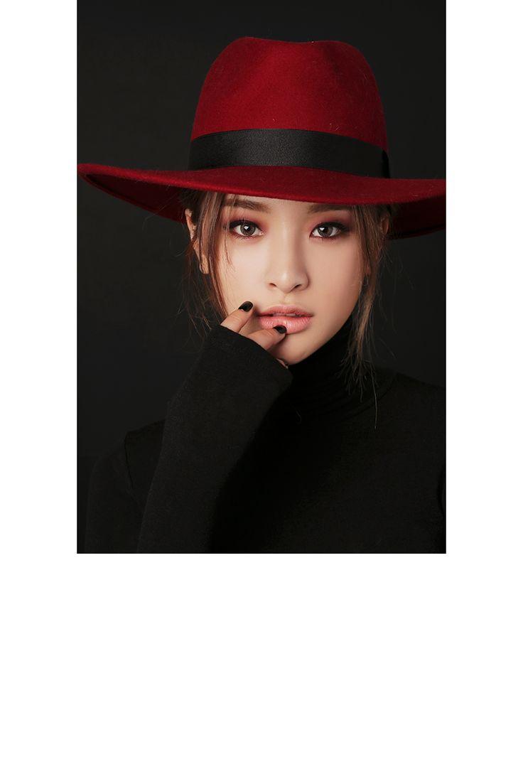 http://en.stylenanda.com/product/3CE-LONG-WEAR-EYE-CRAYON-BAD-TIMES/143651/?cate_no=172