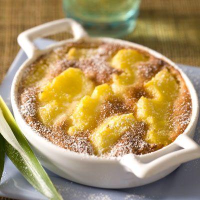 Découvrez la recette clafoutis d'ananas à la vanille sur Cuisine-actuelle.fr.