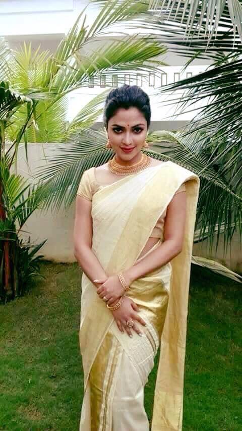 Kerala saree #KeralaSaree I love kerala gold and white saree paired with an exotic blouse