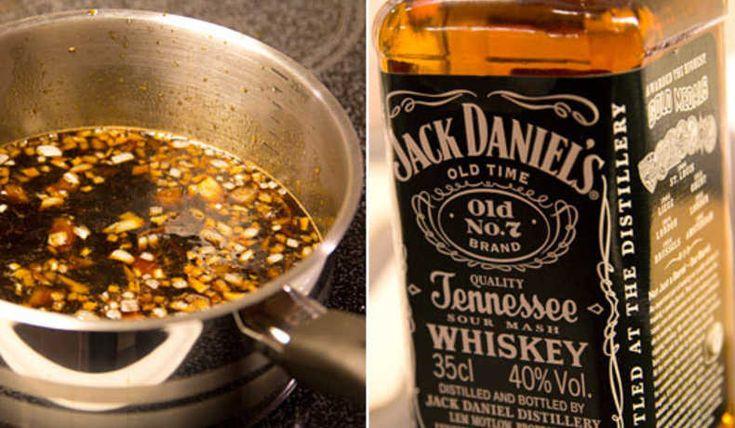 En dundergod glaze till dina hemlagade burgare/kött.. Ett recept som jag klippt rakt av från en sann hamburgerentusiast, Stefan som har en inspirerande hamburgar blogg. www.hamburgare.org besök den om du tycker om hamburgare, mycket intressant
