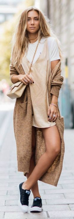 Lisa Olsson + goddess + chic bronze + nude ensemble + highlighted + plenty of gold jewellery + tan velvet choker + oversized volume of her sweater + showing off her legs + little slip dress.  Shoes: Converse, Dress: Sisters The Label, Bag: Chanel, T-shirt and Choker: ASOS, Cardigan: Lindex.