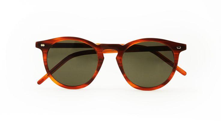Christopher Cloos u2013 Paloma Bourbon by FIOL OPTIK Acetate frameGreen polarized lensesLeather casingDanish design