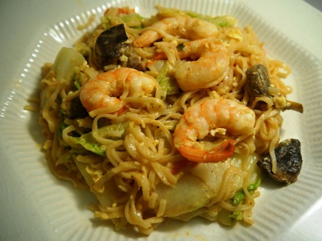 Stir-Fried Mama Noodles—the easiest Thai meal ever!