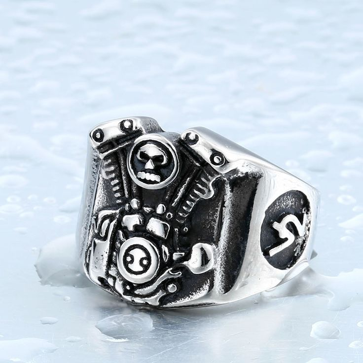Cool Punk Man's Stainless Steel Egine Skull Ring for Boy Biker Man's High Quality Jewelry BR8-275