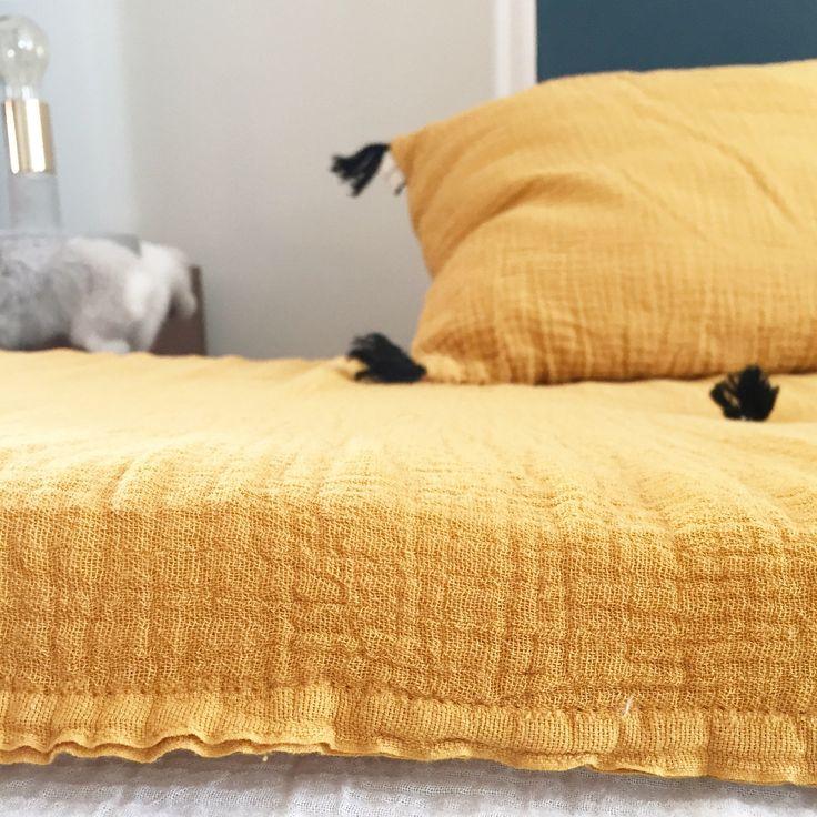 Les 25 meilleures id es de la cat gorie banquette futon sur pinterest futon design couches et for Banquette sahel