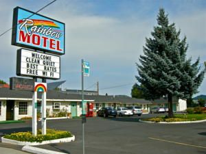 Bend Oregon Hotels Lodging Motels Resorts And Inns Can Be Found Here For Your Hotel Reservations Accommodations
