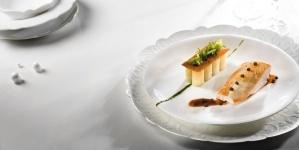 Poitrine de poulet de Bresse de mon ami Max*, rigatonis au vieux parmesan, jus réduit à la truffe noire de Tabata Bonardi pour Arts & Gastronomie
