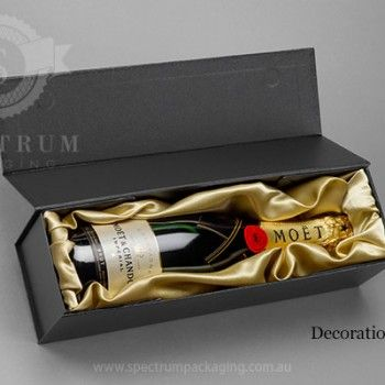 Wine Gift Box Packaging with satin fabric decoration