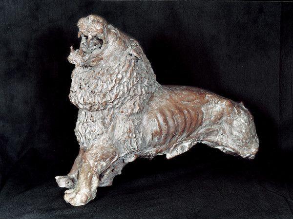 """Antonio Ligabue : """" Leone Ruggente """" , 1936 , terracotta , 35x44x17 cm ."""