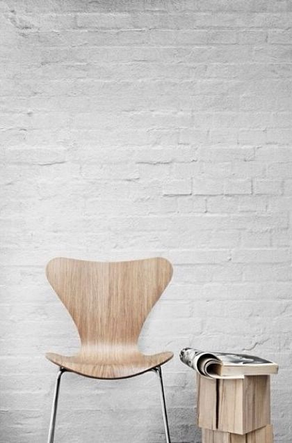Butterfly Chair by Arne Jacobsen