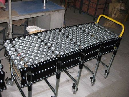 ZM Automation supply the skate conveyor roller conveyor which the roller made of either aluminum, carbon steel or stainless steel construction, such as 304,401standard steel. http://www.zm-automation.com/skate-roller-conveyor/