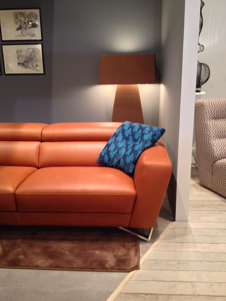 9 best nicoletti home images on pinterest sofas canapes for Canape nicoletti