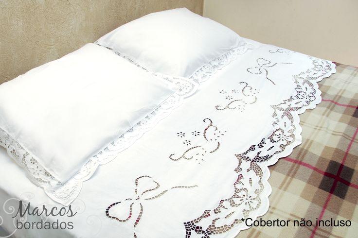 Jogo de lençol para cama de casal em bordado Richelieu, rico Marta.