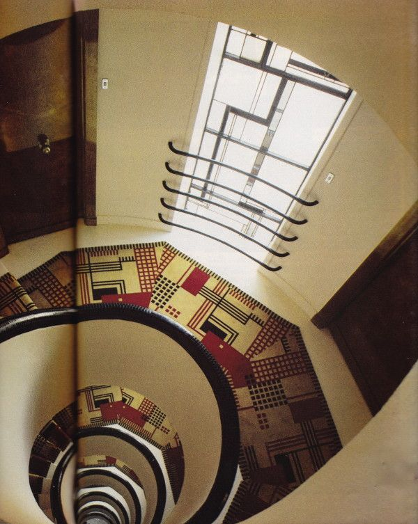 Villa Martel, Paris. Designed by architect Robert Mallet-Stevens in the 1920's. Photograph by David Massey for House & Garden, April, 1985.