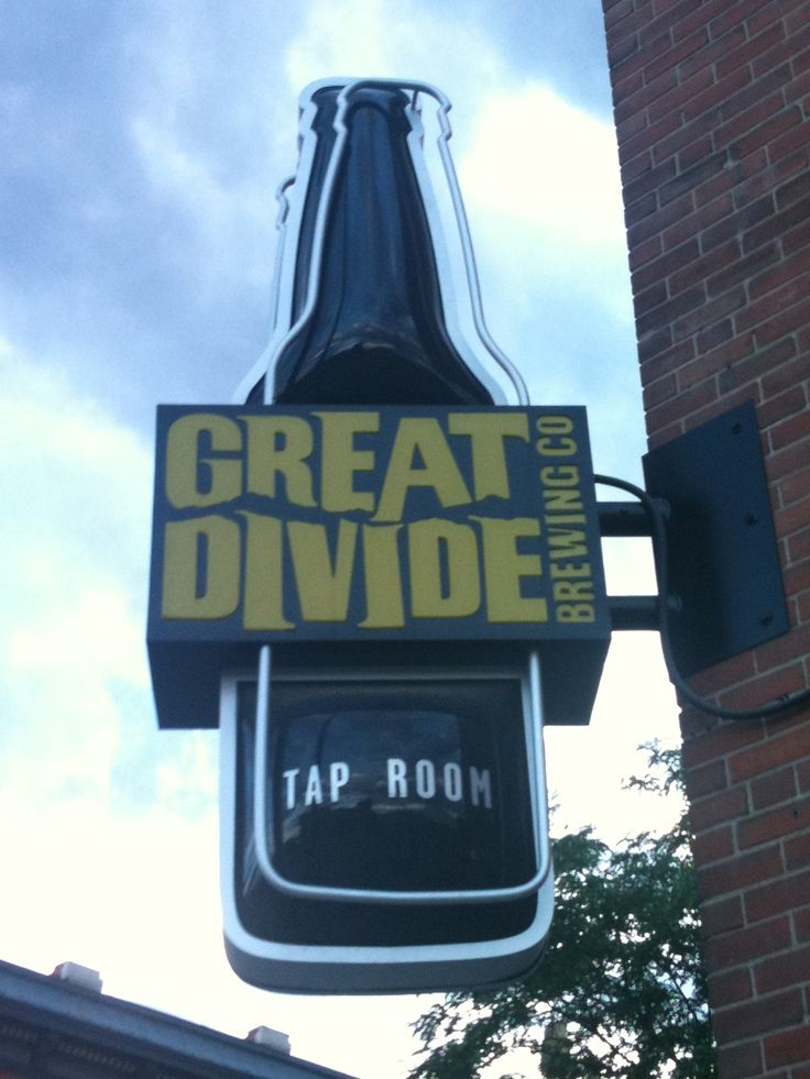 Great Divide Brewery is located at 2201 Arapahoe St. Williams and Graham is a prohibition‑era speakeasy located at 3160 Tejon St. #denver #tourism #explore #play #livemusic #thingstodo #placestogo #localbrew