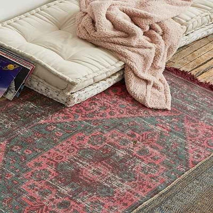27 Cheap Rugs That Look Fancy Af In 2020 Inexpensive Rugs Cheap Rugs Rugs