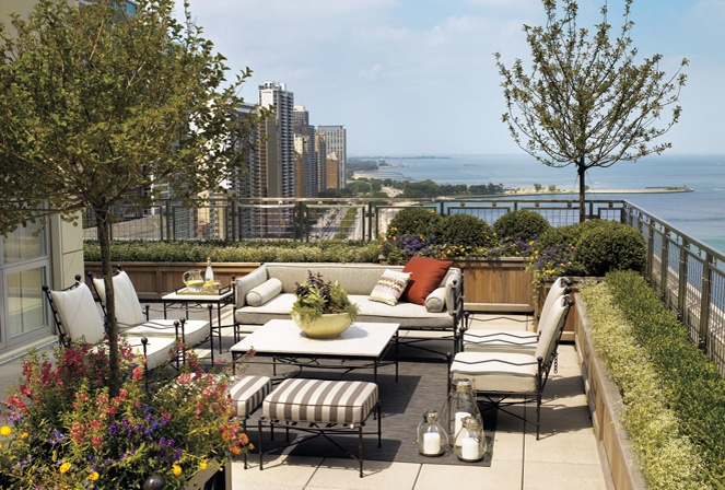 Chicago rooftop by Kadlec Architecture + Design.
