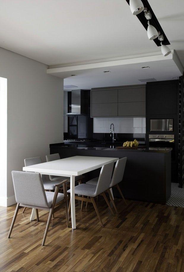 12 cozinhas pretas e elegantes