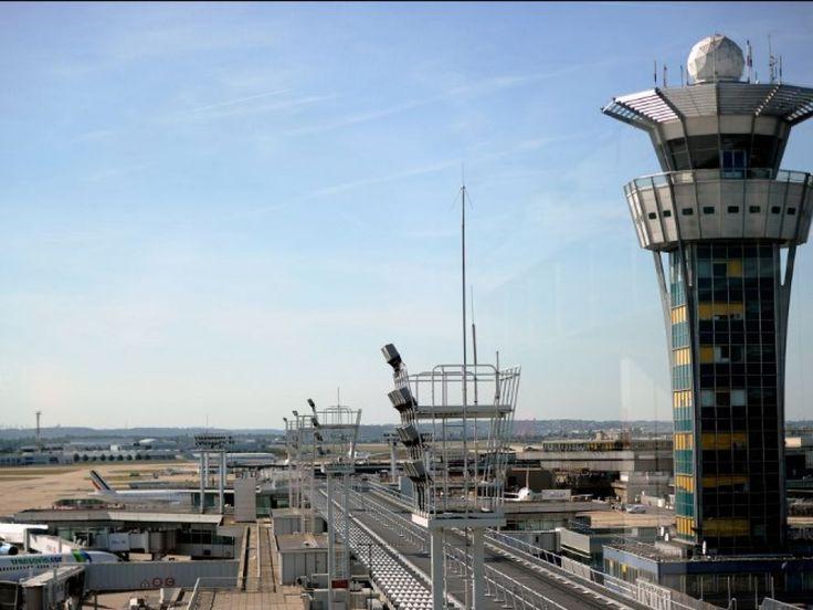 Tablant sur une hausse du trafic de 4%, Groupe ADP a de nouveau revu lundi sa prévision pour 2017 à la hausse. En cause notamment, le dynamisme des compagnies low cost et une croissance des vols internationaux.