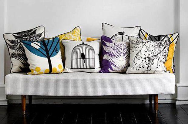 Stickers, complementi, una linea tessile ipercolorata e decorata (ma grafica): Ferm Living riprende la tradizione iconografica scandinava e la trasforma in oggetti contemporanei. C'è anche il web shop