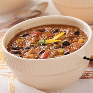 Black Bean 'n' Pumpkin Chili Recipe {Taste of Home} (see reviews at bottom for recipe tips)